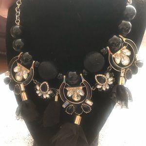Stunning black necklace